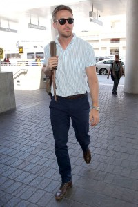 ryan-gosling-airport